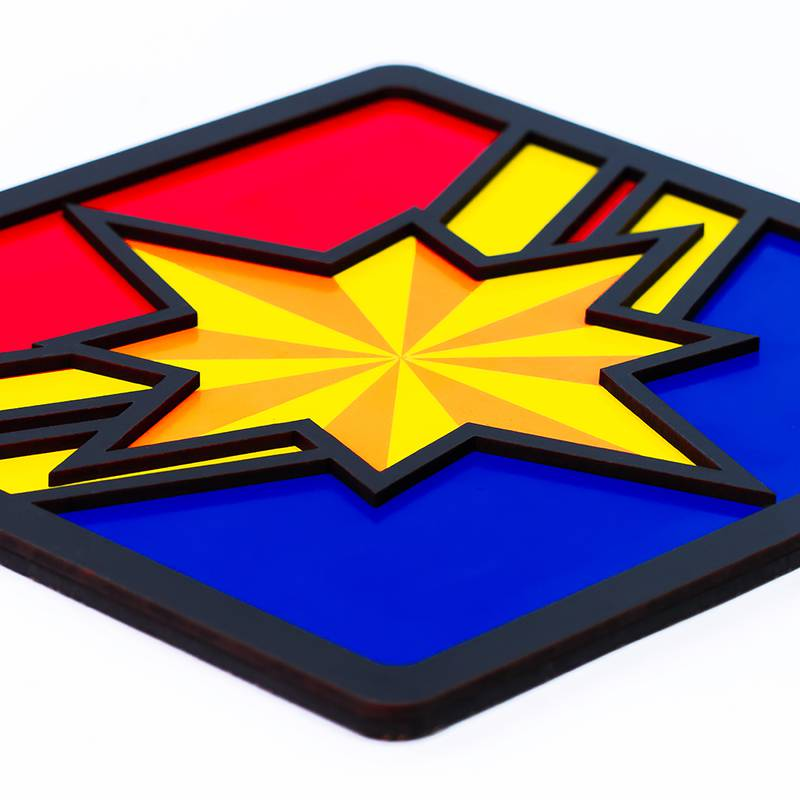 Quadro Decorativo Herói Capitã Marvel