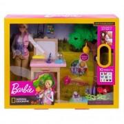 Boneca Barbie Cuidadora de Borboletas Mattel GDM49