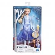 Boneca Elsa Aventura Mágica Frozen 2 Hasbro E7000/E6952