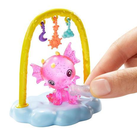 Boneca Barbie Dreamtopia Dia de PETS Babá de Dragões Bebês - Mattel GJK49