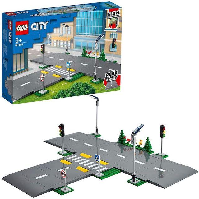 Lego City Cruzamento de Avenidas - Lego 60304