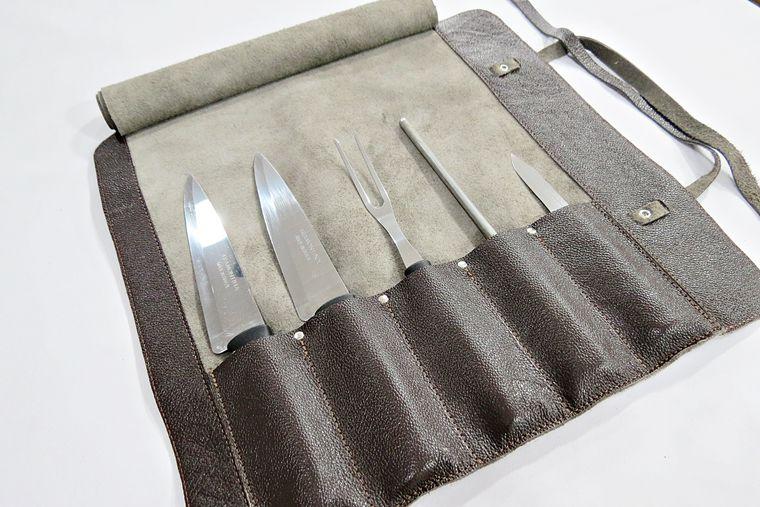 Estojo para Facas Modelo Chef Churrasco para 5 peças de 12 pol. Couro Café Personalizado