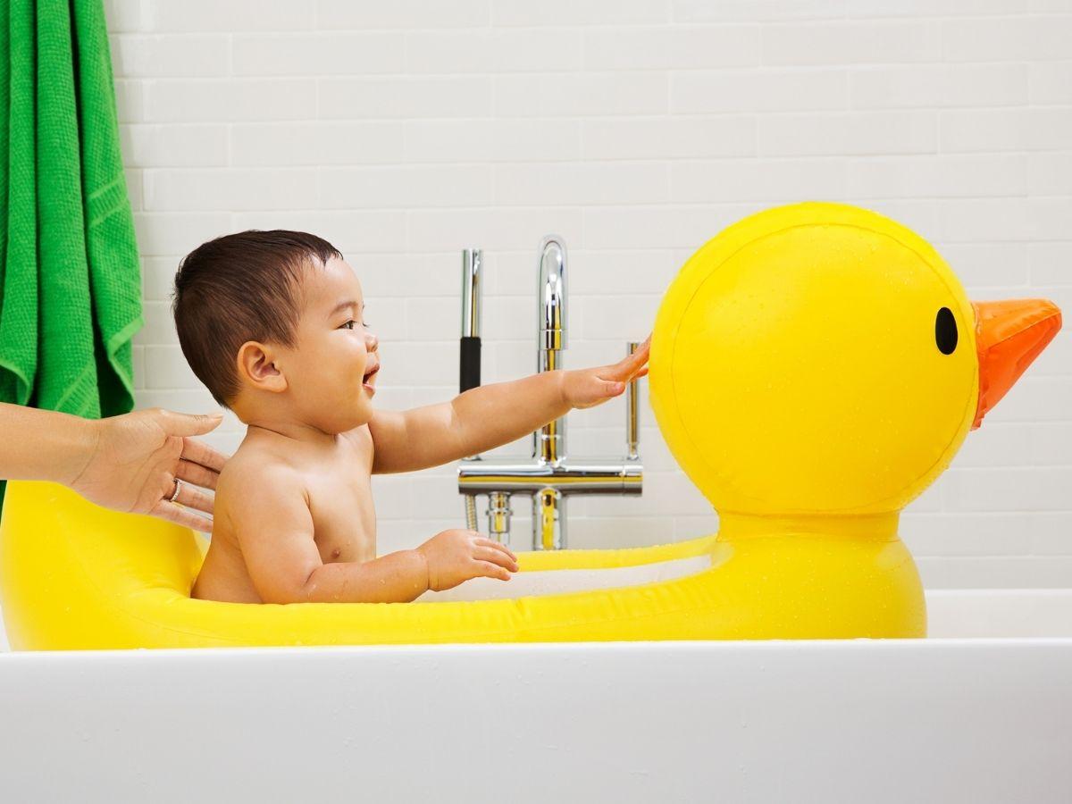 Banheira inflável portátil pato - Munchkin  - Kaiuru Kids