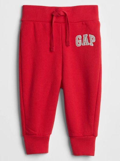 Calça de moletom vermelha - GAP  - Kaiuru Kids