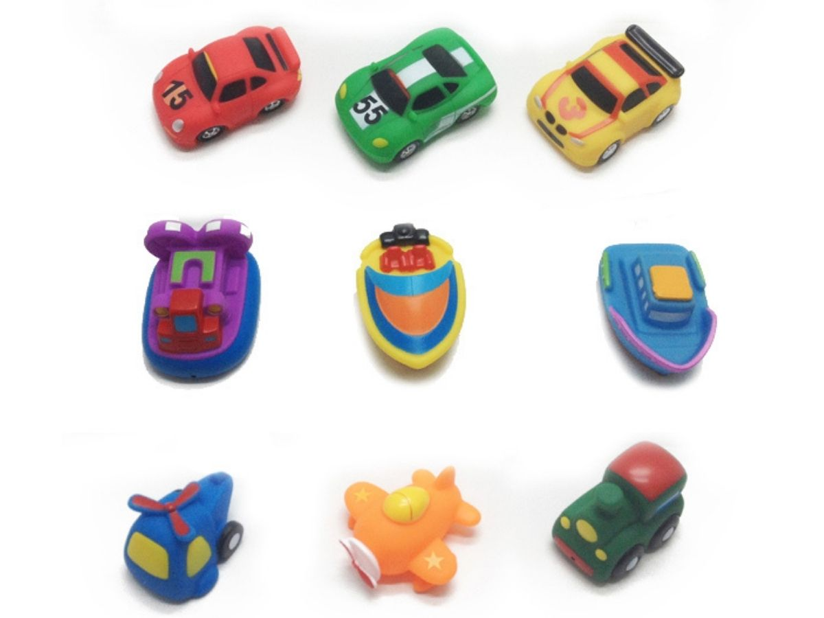 Conjunto de banho com 3 veículos - Dican  - Kaiuru Kids