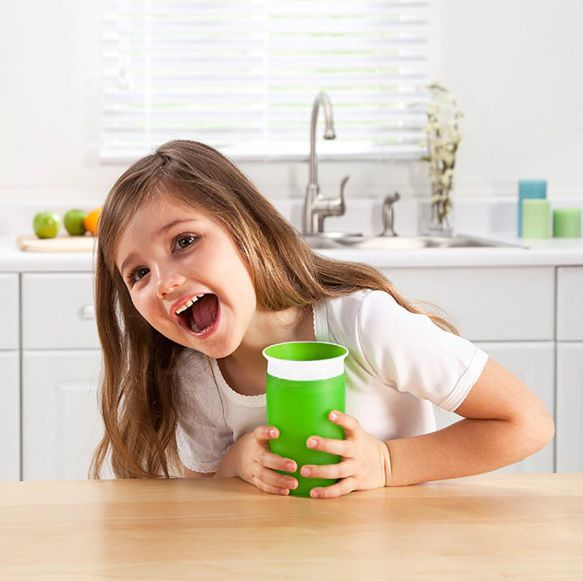 Copo Miracle 360º grande verde - Munchkin  - Kaiuru Kids