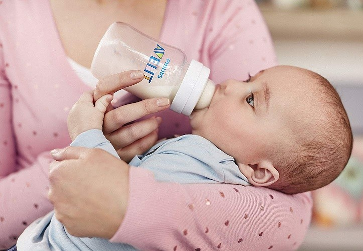 Mamadeira Anti-colic clássica branca 260 ml (1m+) - Avent  - Kaiuru Kids