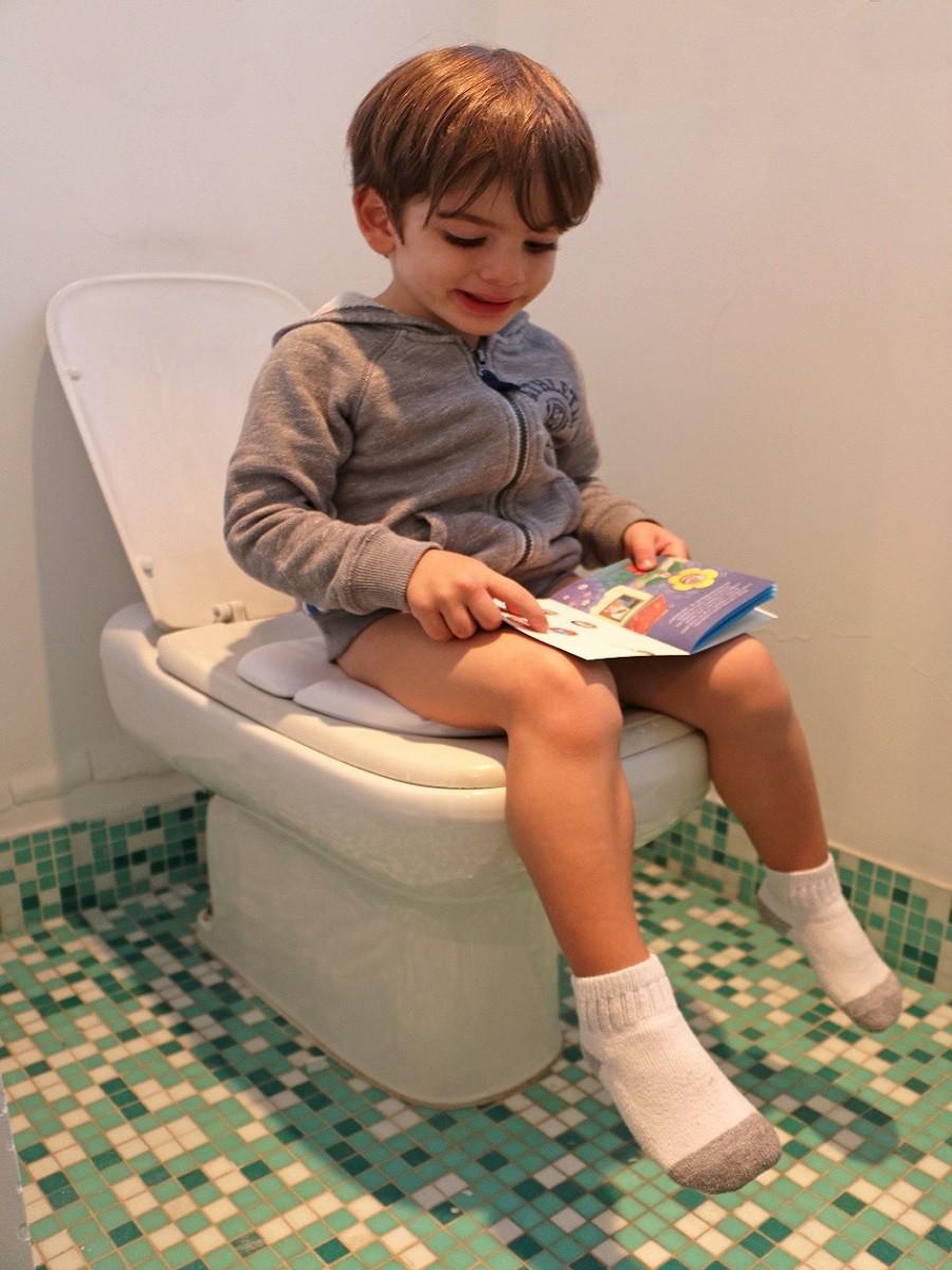 Redutor de assento sanitário dobrável - KaBaby  - Kaiuru Kids