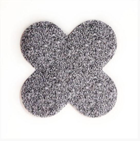Forminha para doces 4 Pétalas Glitter Prata 50 UN - NC Toys