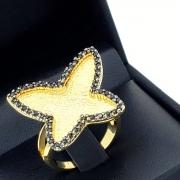 Anel Borboleta Cravejado De Zirconias Negras Banho De Ouro 18k 837