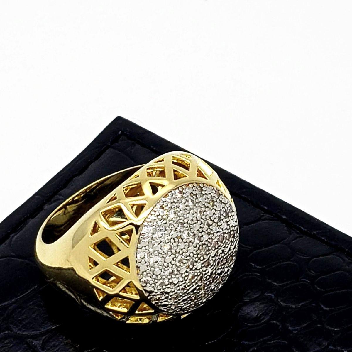 Anel Cravejado De Zirconias Banho De Ouro 18k 2526