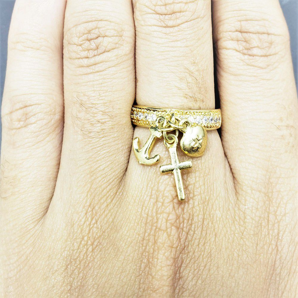 Anel Patuá Amuletos Da Sorte Zirconias Banho De Ouro 18k 545A