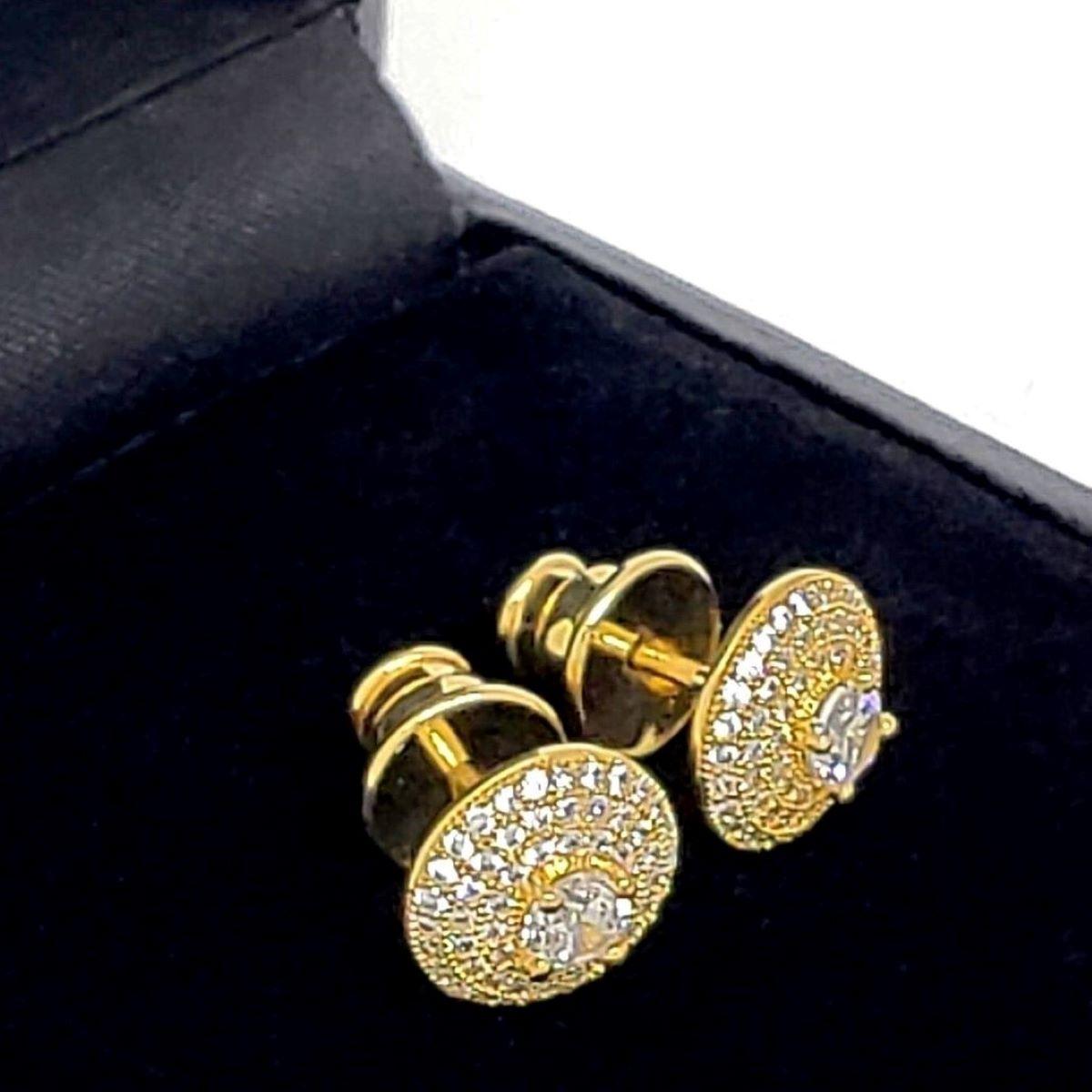 Brincos Botão Cravejado Com Zirconias Banho De Ouro 18k 1407