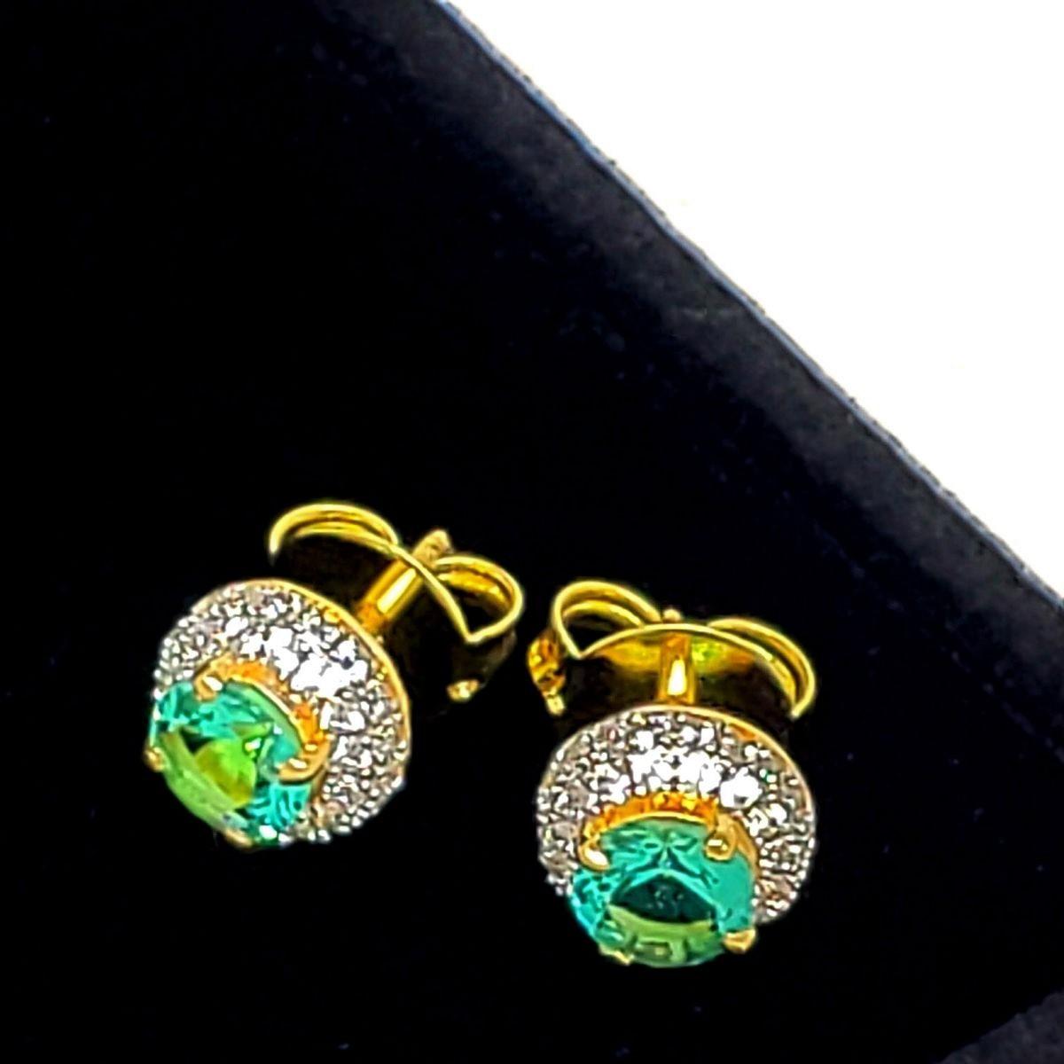 Brincos Botão Cristal Com Cravejado De Zirconias Banho De Ouro 18k 1408