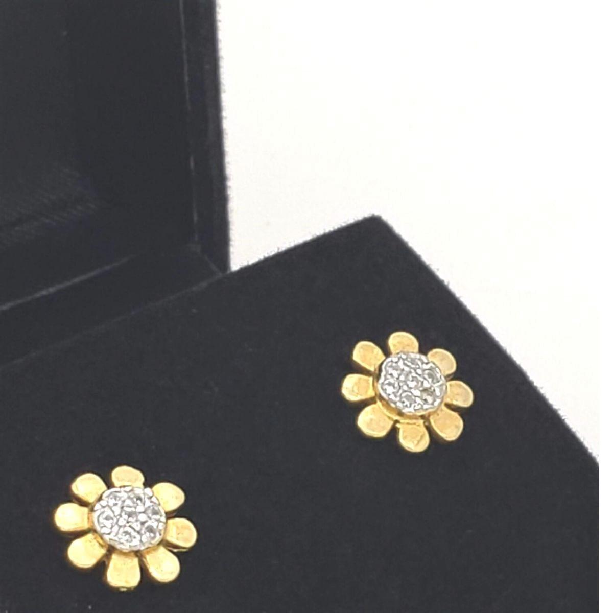 Brincos Flor Cravejados Banho De Ouro 18k 2427