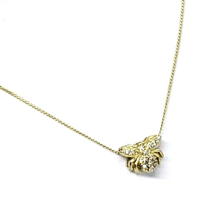 Colar Com Pingente Abelha Cravejado De Zirconias Banho De Ouro 18k 1888