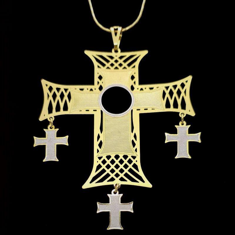 Cordão Com Crucifixo De Pingentes Banho De Ouro 18k 1659