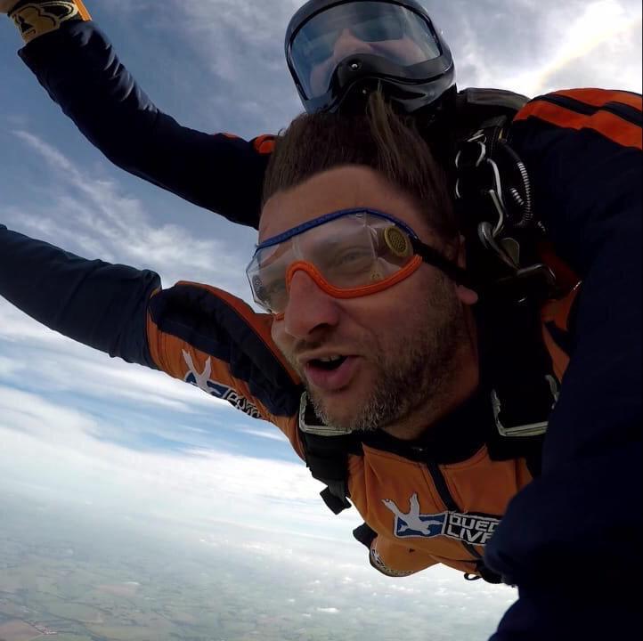 Paraquedas - Salto duplo