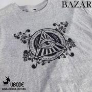 Bazar - Camiseta O Olho que tudo vê ornamentado