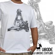 Camiseta Martelo Pedra e Esquadro