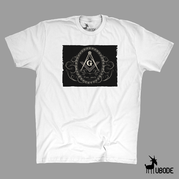 Camiseta Esquadro Compasso 300 Ornamentado com fundo