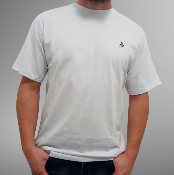 Camiseta Esquadro e Compasso Bordada Branca
