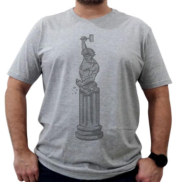 Camiseta Homem se Lapidando