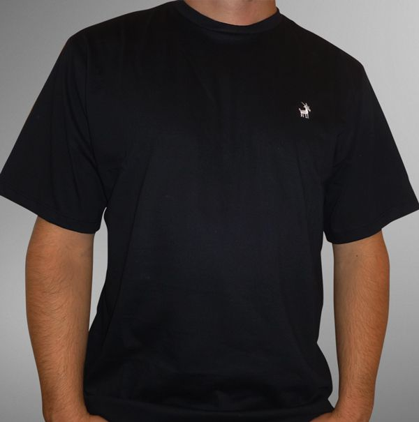 Camiseta UBODE bordada preta