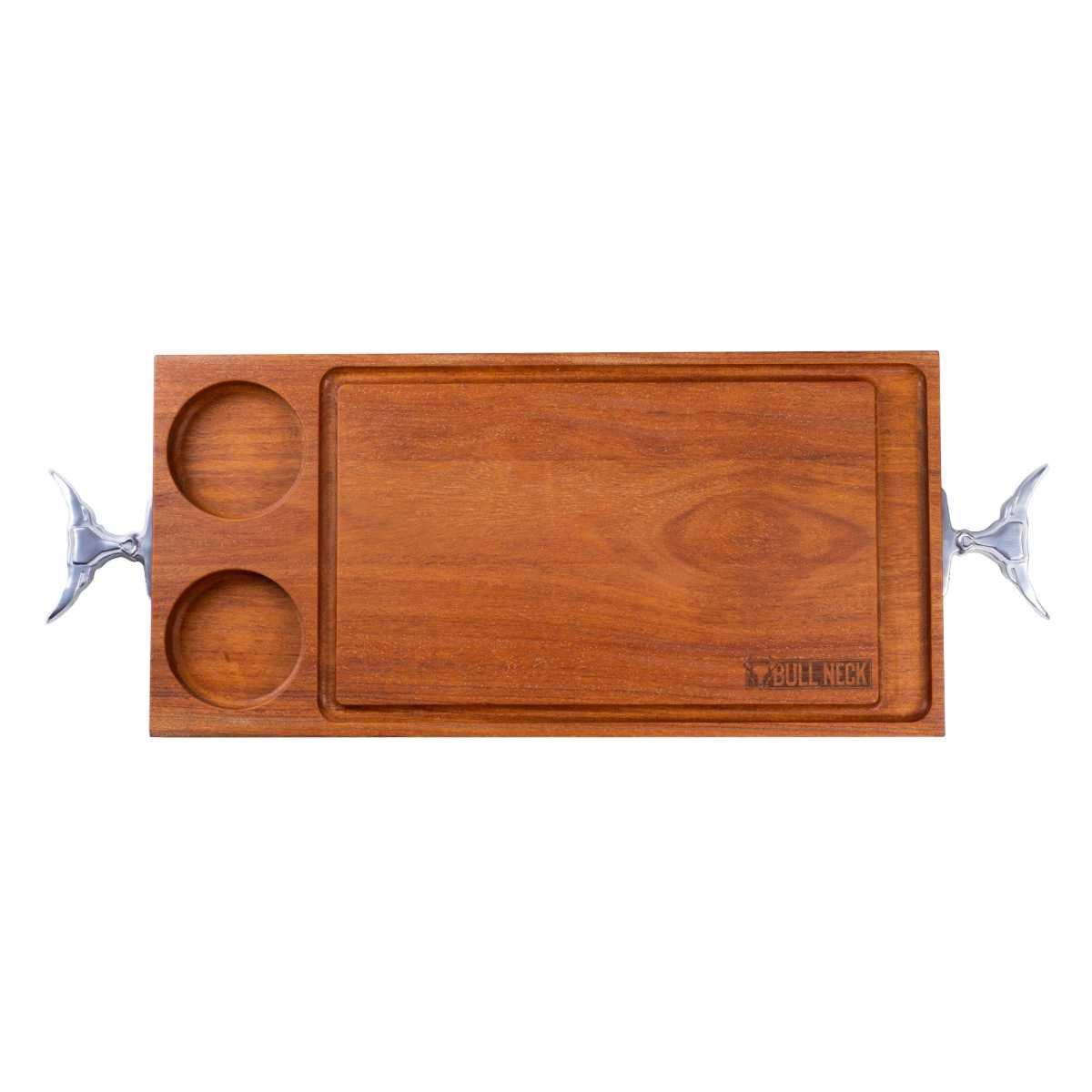 Tábua de Corte Madeira Com Cumbucas 77,5 X 29,5 X 3 cm Pegadores em Alumínio Fundido Bull Neck