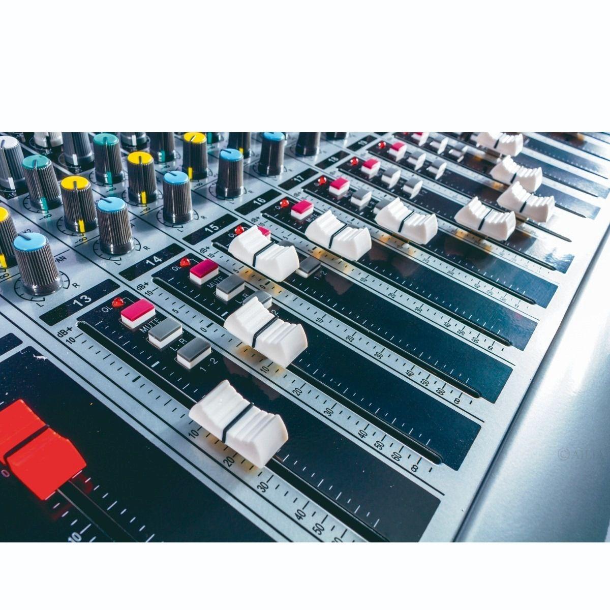 Mesa De Som 24 Canais Dj Auxiliar Digital Microfones Violão