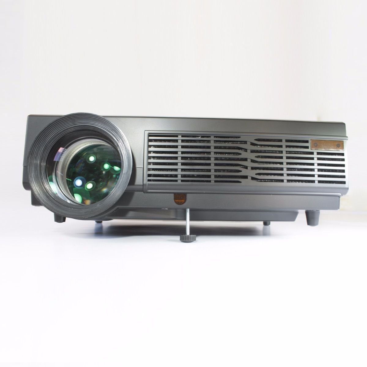 Projetor Datashow Alta Qualidade 3000 Lumens Hdmi Auditório