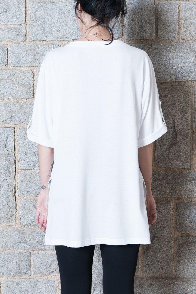 Camiseta Tunica Buraco Negro