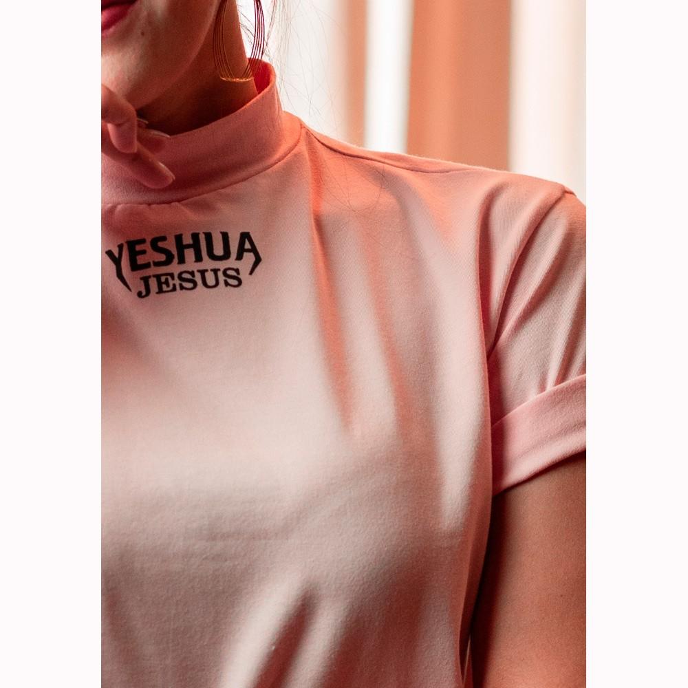 Camiseta Feminina Yeshua Rosa Gola Alta - Soul da Paz