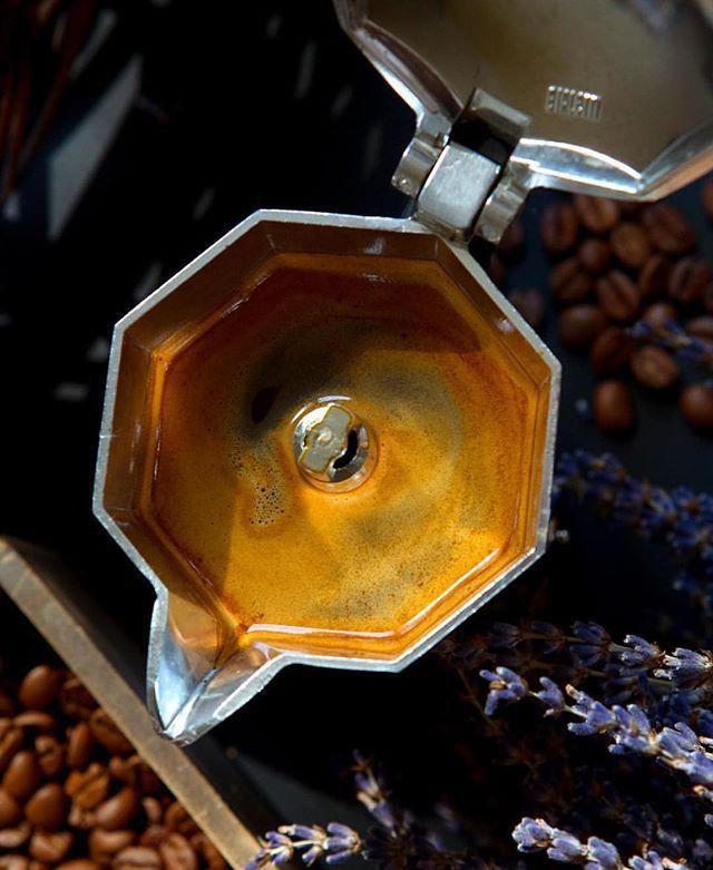 Kit Cafeteira Italiana Moka Express 3 Xícaras + 3 Borrachas de Vedação Bialetti