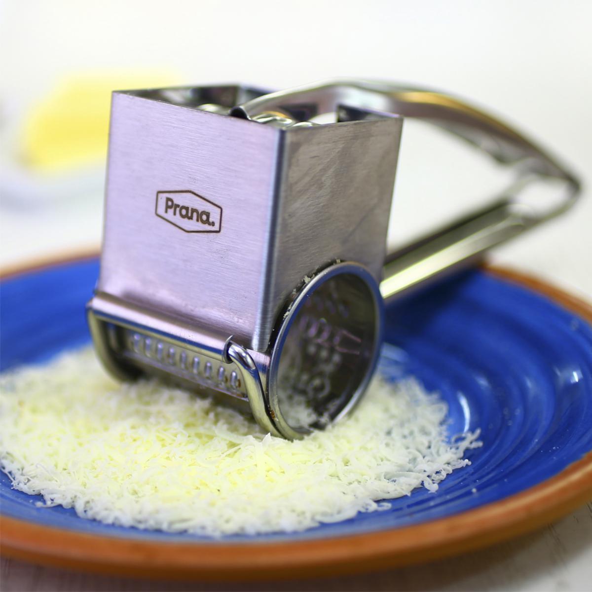 Ralador de Queijo Chocolate Nozes Aço Inox Resistente Prana