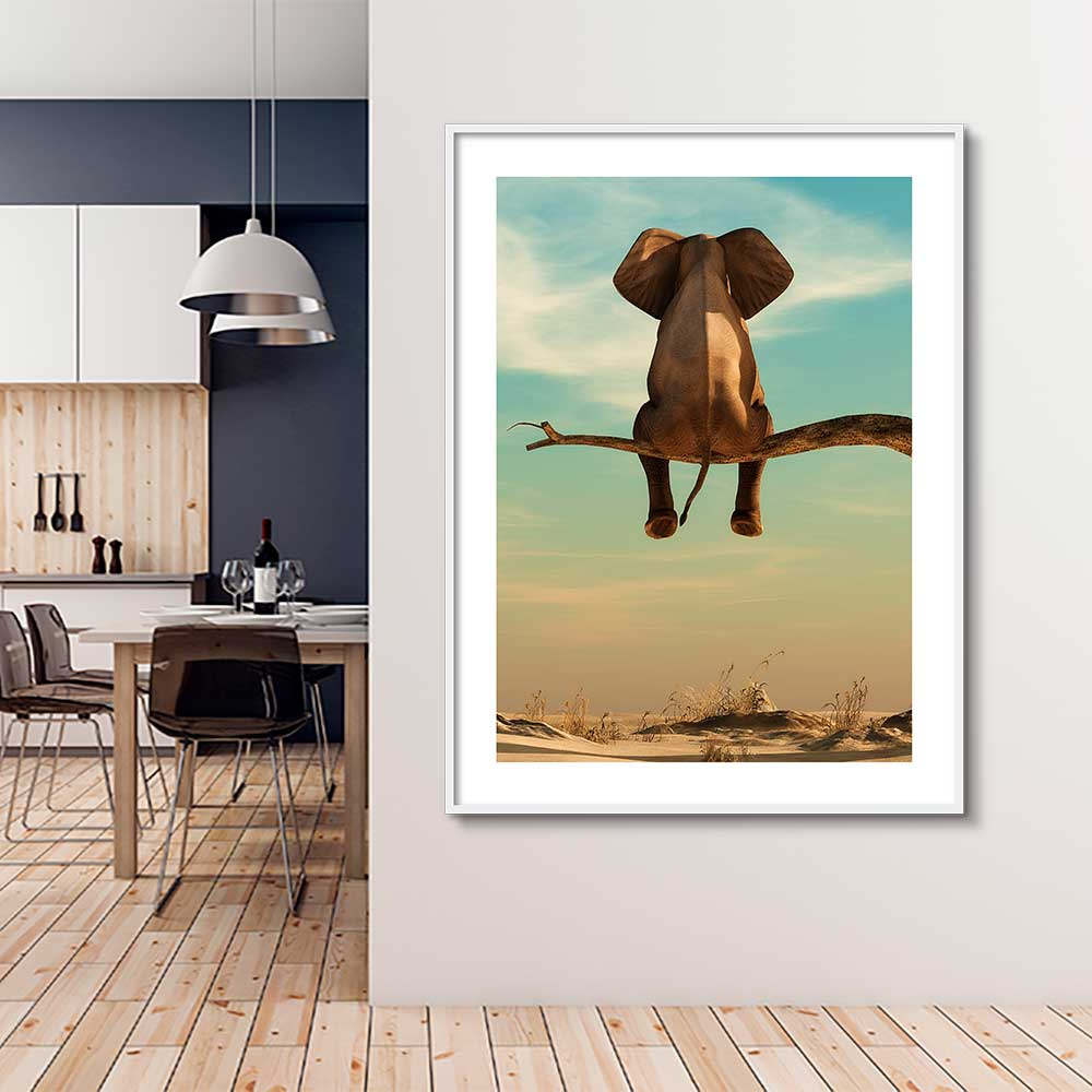Quadro Decorativo de Animais -  Elefante Sentado no Galho de Árvore