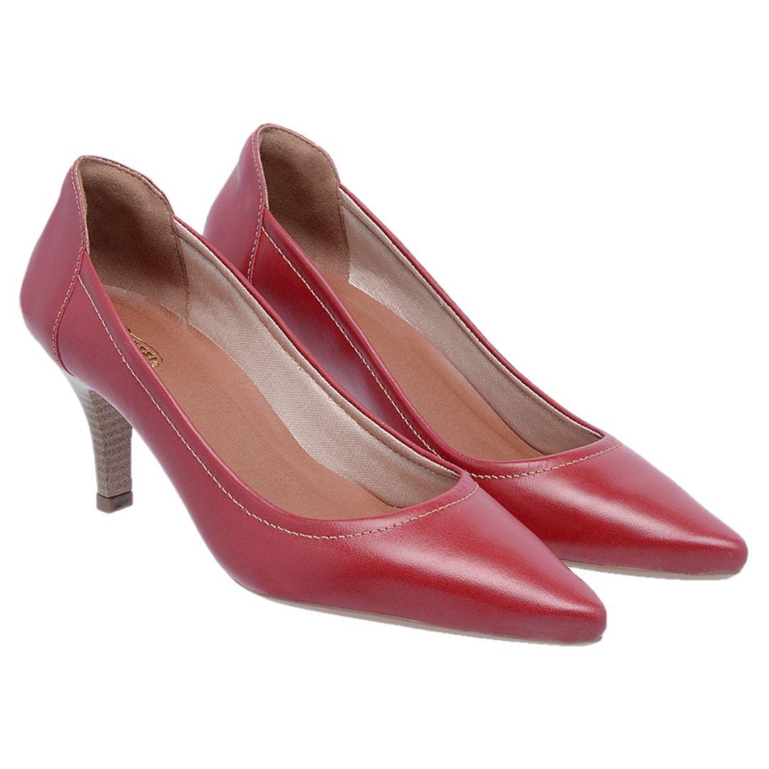 8fcccaefa Sapato Feminino Scarpin Couro - Vermelho Sapato Feminino Scarpin Couro -  Vermelho 58% OFF