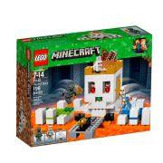 LEGO Minecraft - A Arena da Caveira - 198 Peças - 21145