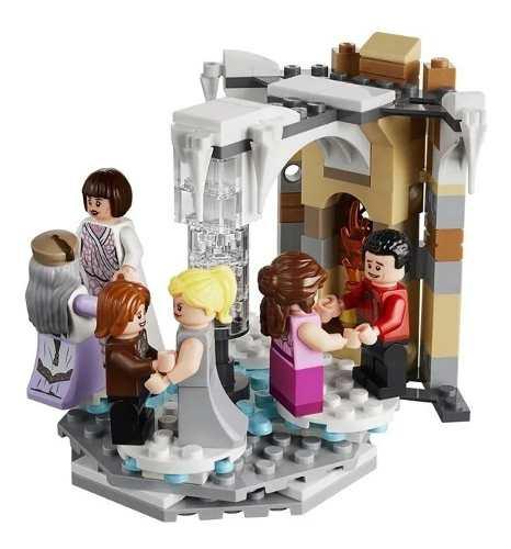 Lego Harry Potter - Torre Do Relógio De Hogwarts - 922 Peças FULL