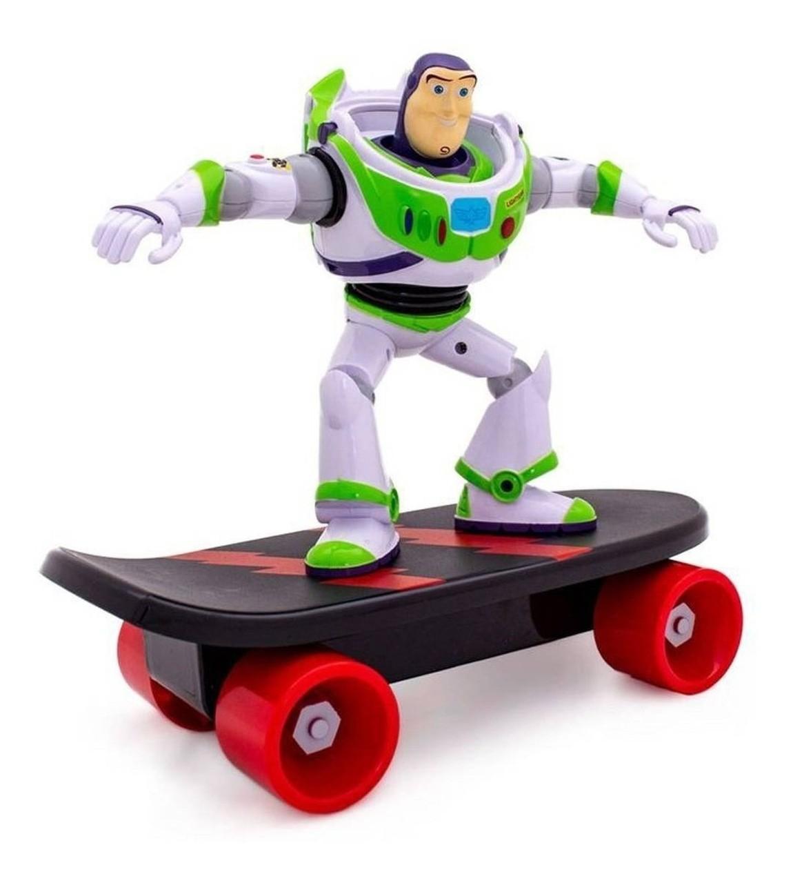 Toy Story Boneco Buzz Lightear Skate Radical Friccção - Toyng