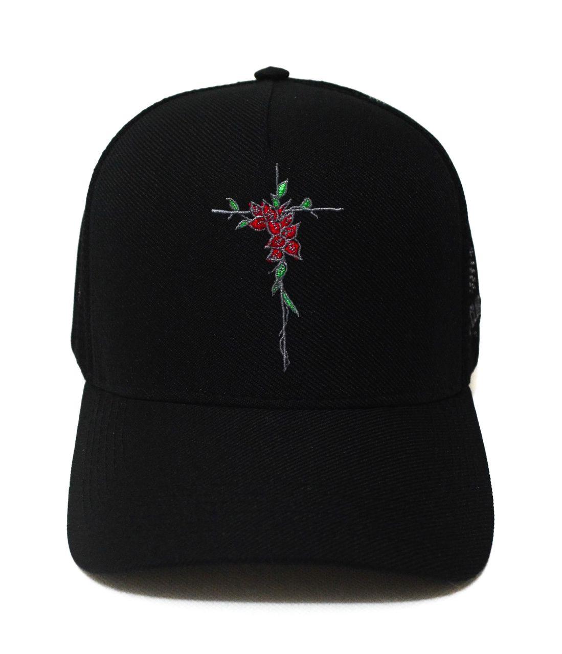 Boné Fé Cruz de Rosas Preto Aba Curva Snapback