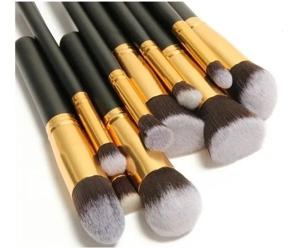 Kit de 10 Pincéis para Maquiagem + 3 Esponjas para Base