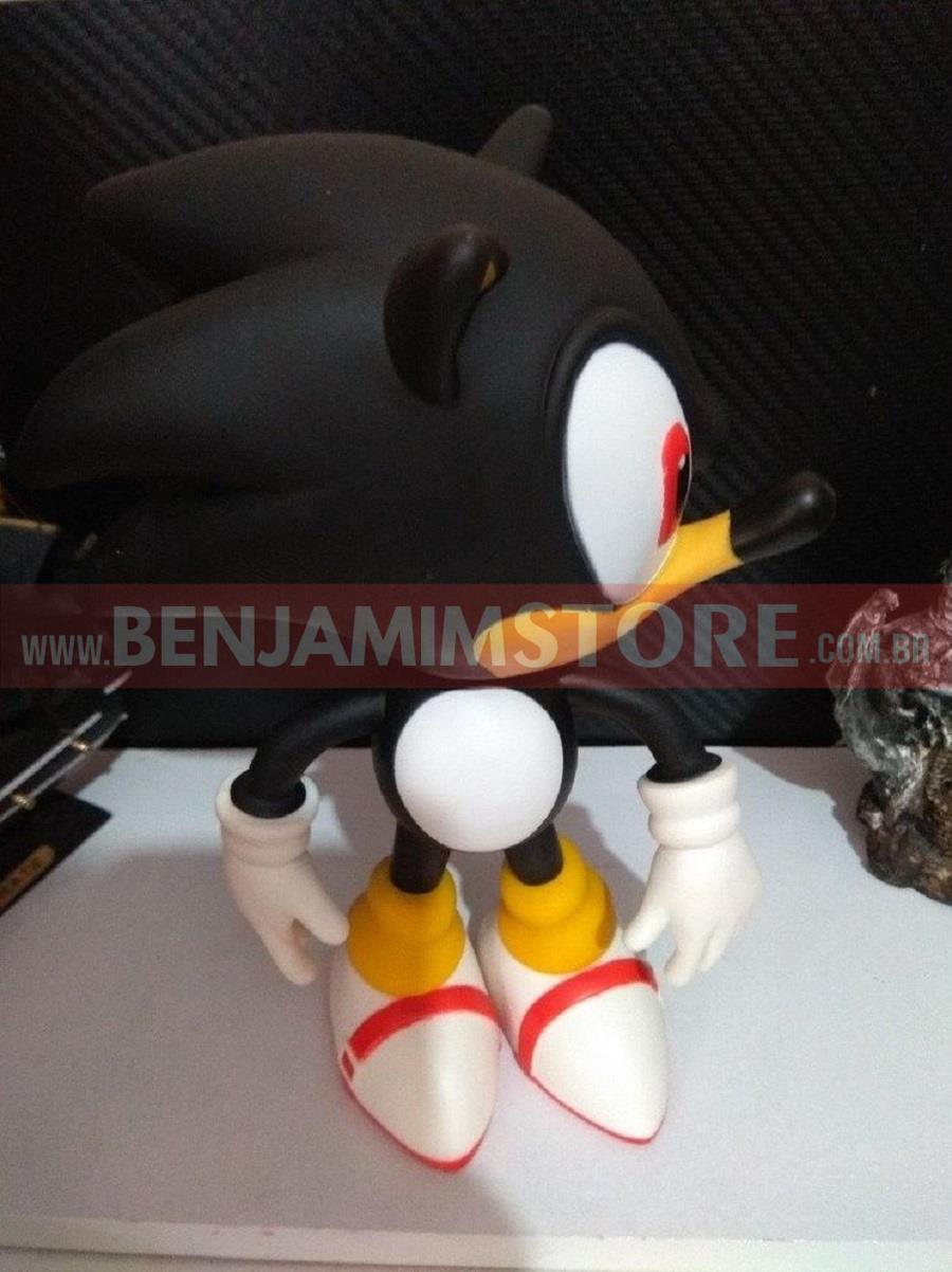 Boneco Grande 20cm Sonic Black Collection