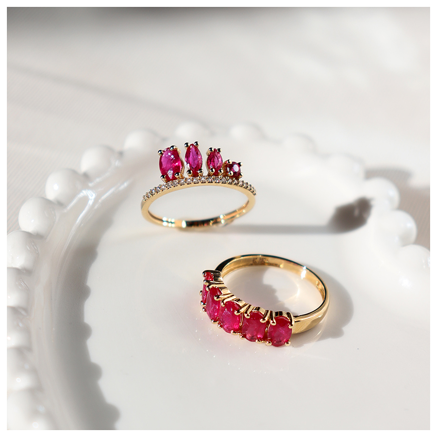 Anel Flowing Ouro 18k com Rubis Oval  - YVES