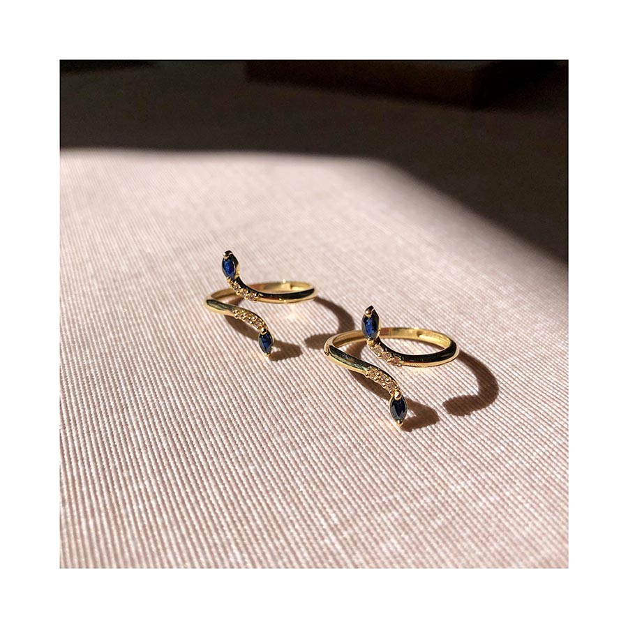 Anel Ouro 18k com Diamantes e Navete de Safira  - YVES