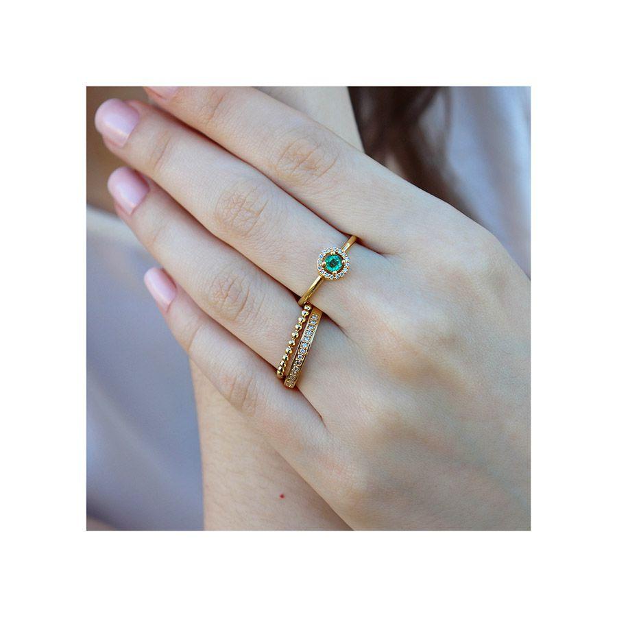 Anel Ouro 18k com Esmeralda e 16 Diamantes  - YVES
