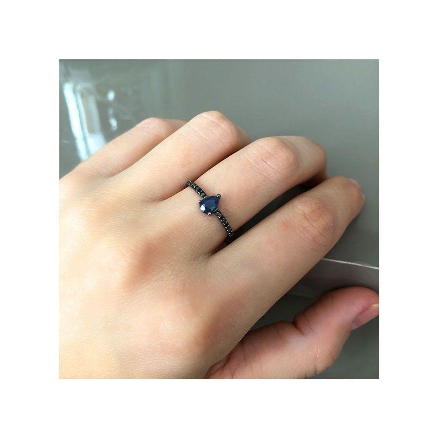 Anel Ouro 18k com Ródio Negro com Safira e Diamantes Negro  - YVES
