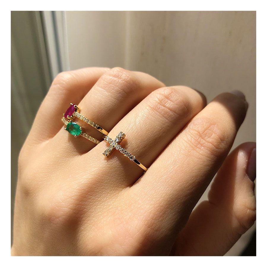 Anel Ouro 18k Cruz com Diamantes  - YVES
