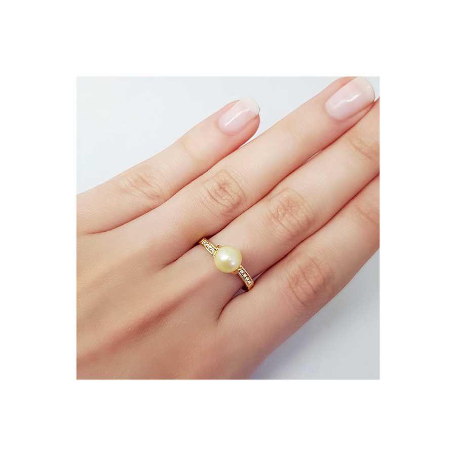 Anel Ouro 18k Pérola e 8 Diamantes   - YVES