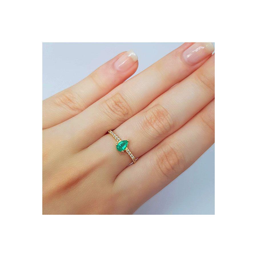 Anel Purity Ouro 18k com Gota de Esmeralda e Diamantes   - YVES